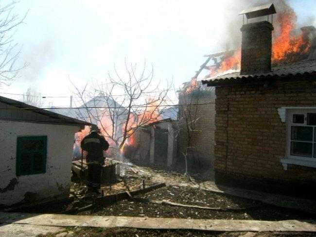 В Никополе произошел большой пожар, фото-2