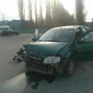 На перехресті вулиць Хмельницьке шосе - Чехова зіткнулися 3 автомобілі, фото-1