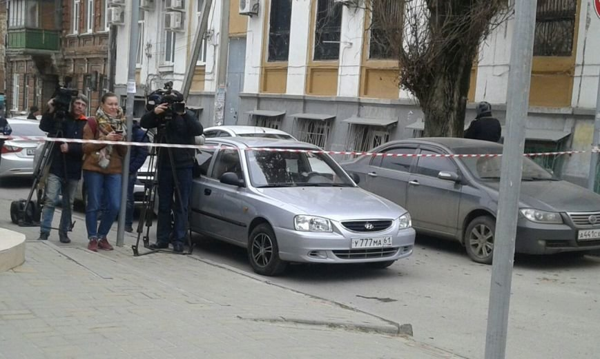 В Ростове произошел взрыв в районе 5 гимназии, фото-7