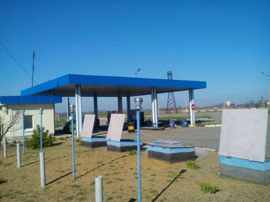 Заправку, на которой продавали некачественный бензин, можно узнать только по фото, фото-1