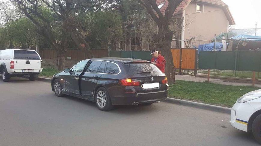 """В Ужгороді на перехресті Закарпатської та Загорської зіткнулись """"Ауді"""" та """"БМВ"""": фото, фото-4"""