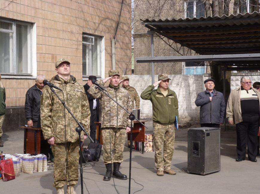 Первые весенние призывники Покровска отправились на защиту Родины, фото-17