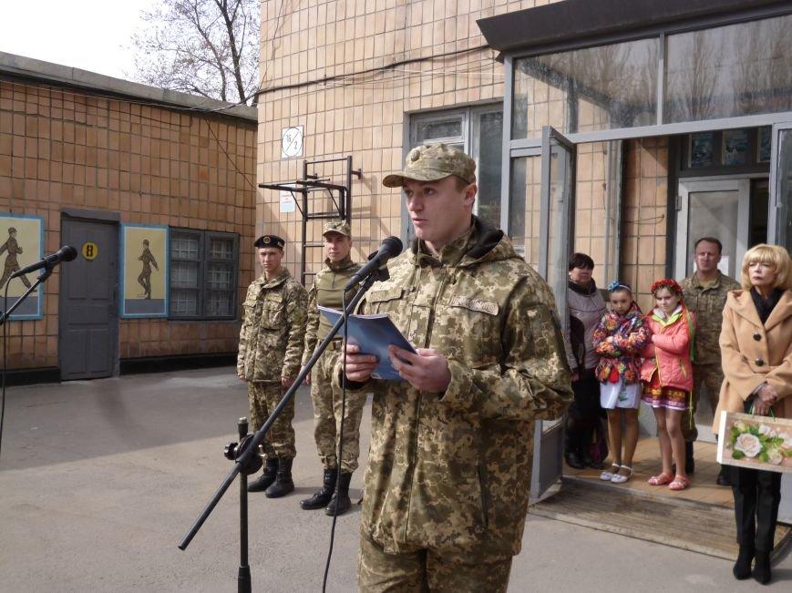 Первые весенние призывники Покровска отправились на защиту Родины, фото-22