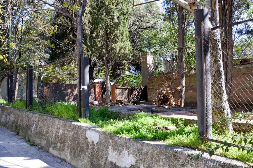 После реконструкции набережная Гурзуфа станет одной из самых красивых в Крыму (21)