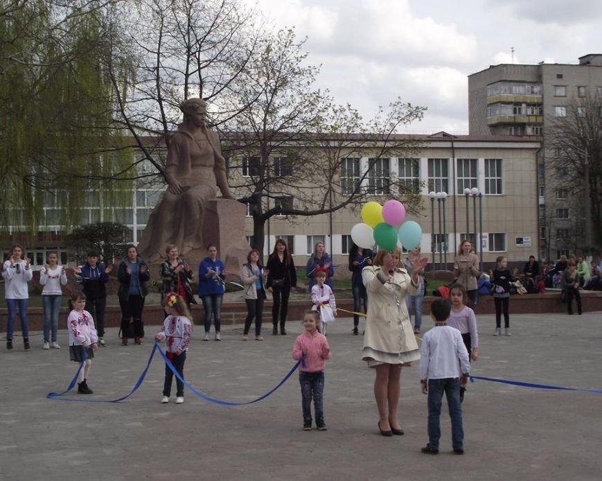 У Новограді-Волинському відбувся молодіжний квест «Мова єднання», фото-4