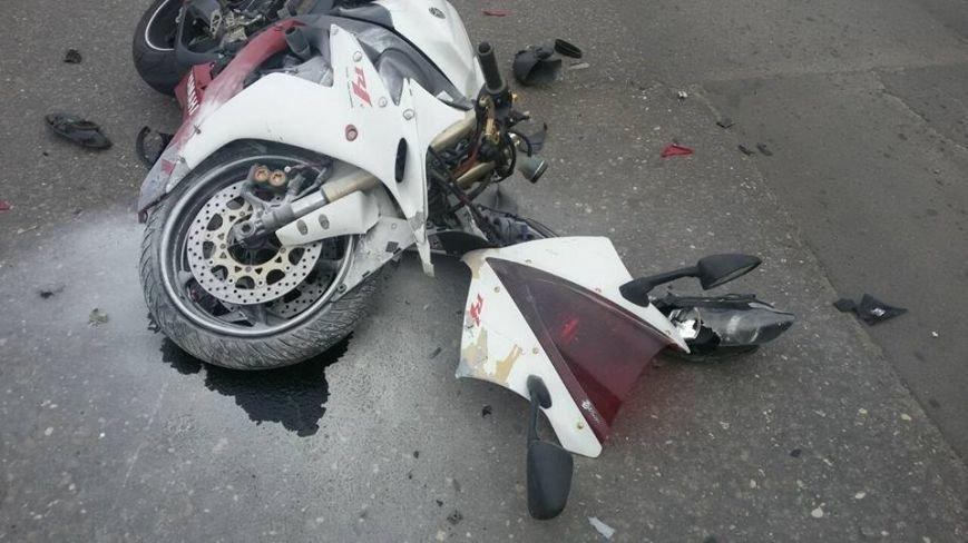 В аварии на Салтовке пострадал мотоциклист (ФОТО), фото-1