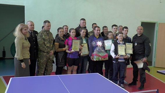 Турнір з настільного тенісу в Херсоні: школярі проти поліції (фото), фото-3