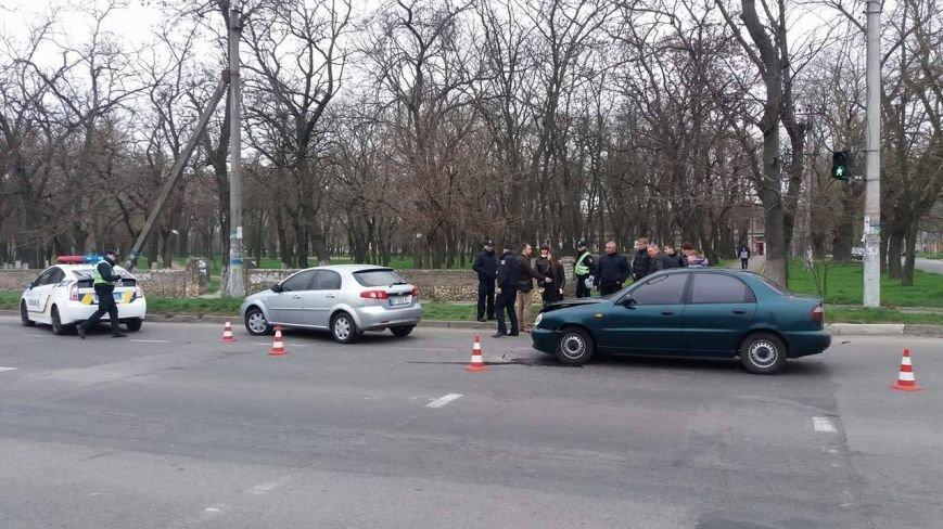 В Херсоне ДТП произошло на пешеходном переходе, фото-1