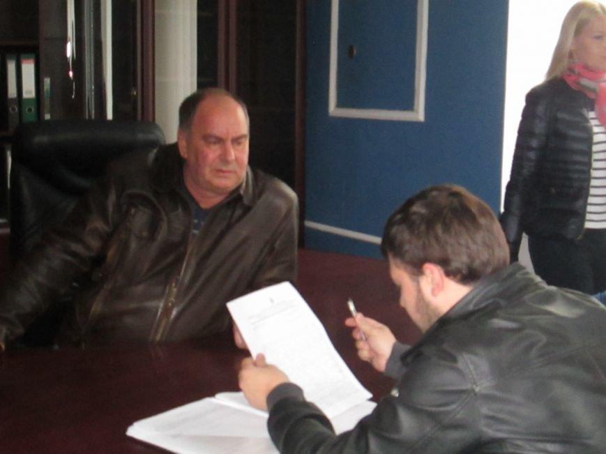 Пока в телекомпании «Круг» изымали имущество, одесские патриоты выясняли отношения (ВИДЕО, ФОТО), фото-5