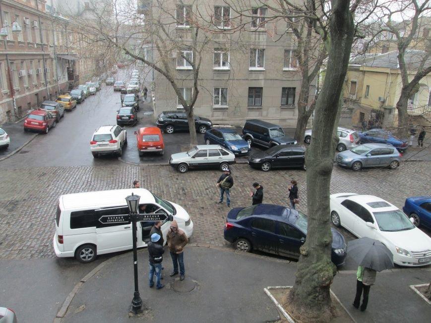 Пока в телекомпании «Круг» изымали имущество, одесские патриоты выясняли отношения (ВИДЕО, ФОТО), фото-6