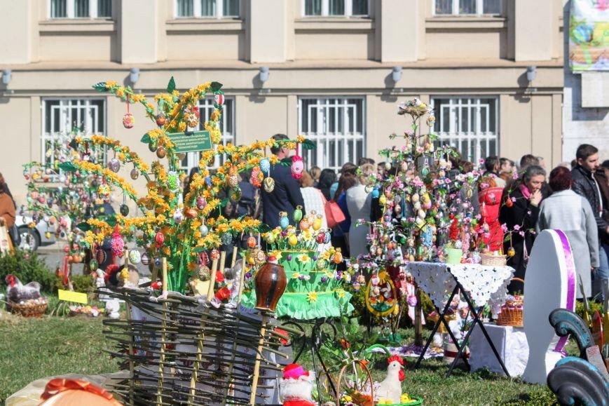 Ужгород розпочинає святкувати Великдень масштабним фестивалем писанок на Народній: фоторепортаж, фото-7