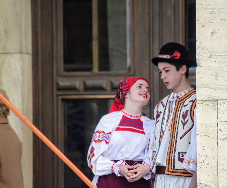 Ужгород розпочинає святкувати Великдень масштабним фестивалем писанок на Народній: фоторепортаж, фото-12