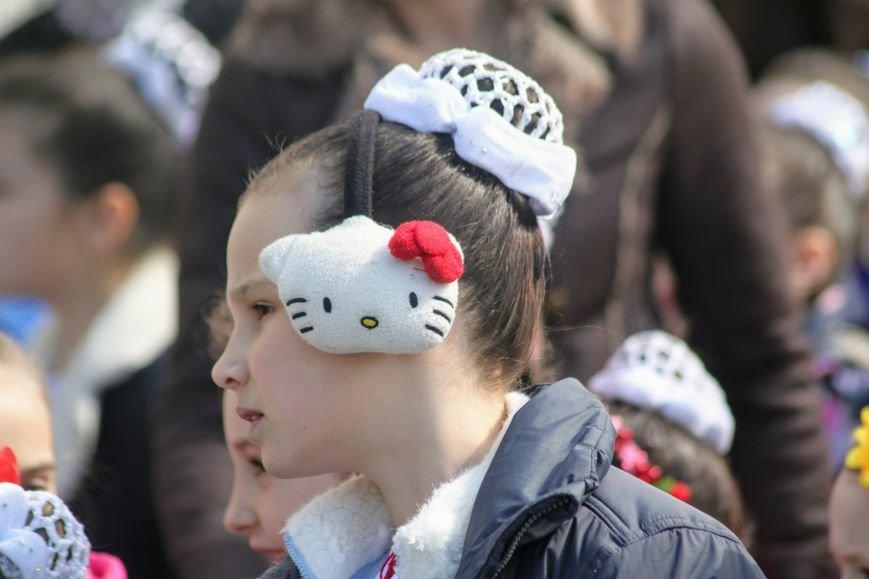 Ужгород розпочинає святкувати Великдень масштабним фестивалем писанок на Народній: фоторепортаж, фото-14