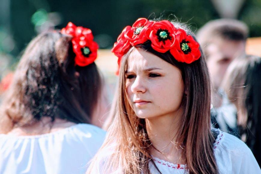 Ужгород розпочинає святкувати Великдень масштабним фестивалем писанок на Народній: фоторепортаж, фото-8