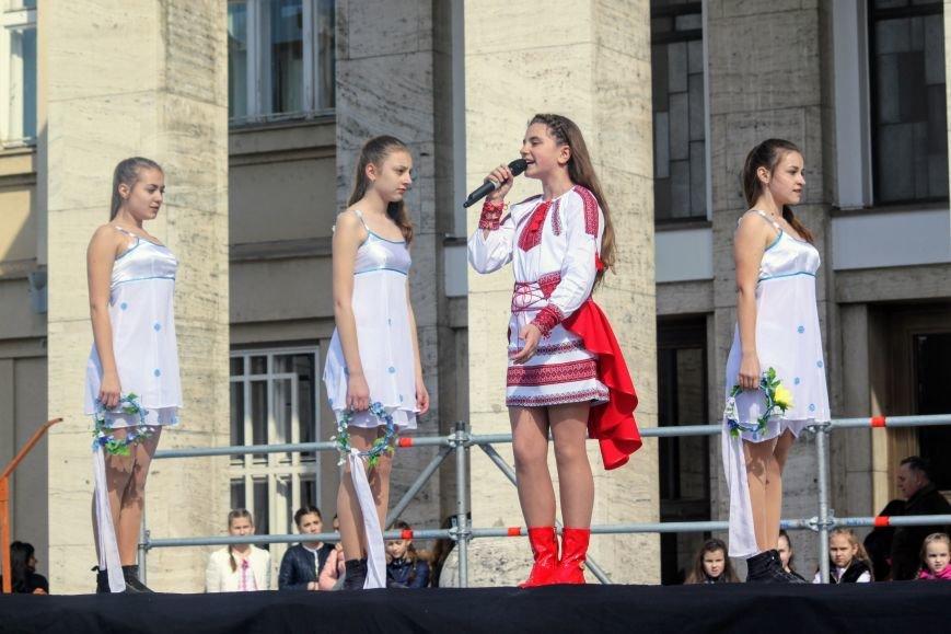 Ужгород розпочинає святкувати Великдень масштабним фестивалем писанок на Народній: фоторепортаж, фото-4
