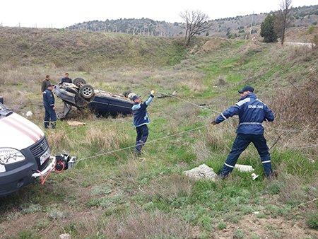 В Крыму автомобиль слетел с дороги и перевернулся (ФОТО), фото-3