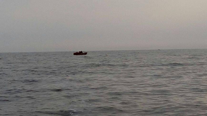 В Мариуполе в море обнаружена мина (ФОТО), фото-5