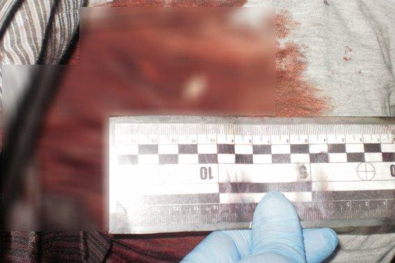 Поліція оприлюднила фотографії з місця жорстокого вбивства в Ужгороді, фото-1