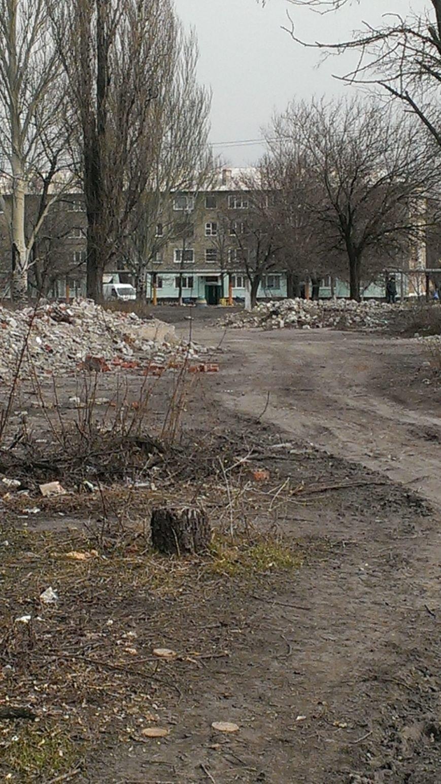 Вместо детсада - свалка: жители Мирнограда возмущенны бездействием городских властей, фото-6