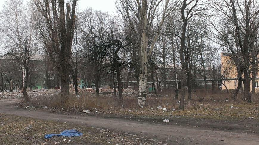 Вместо детсада - свалка: жители Мирнограда возмущенны бездействием городских властей, фото-3