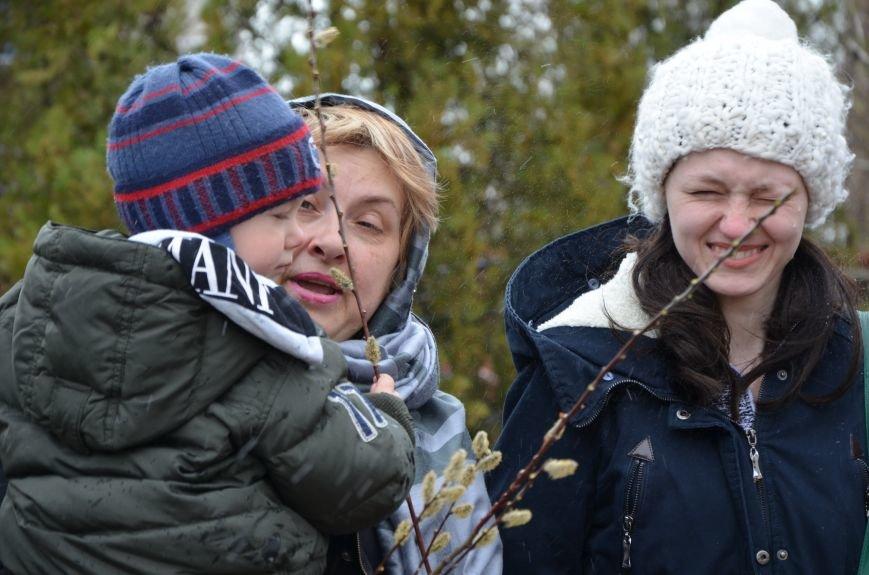 Мариупольцы празднуют Вербное воскресенье (ФОТО+ВИДЕО), фото-15