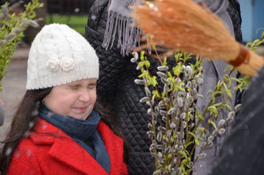 Мариупольцы празднуют Вербное воскресенье (ФОТО+ВИДЕО), фото-20