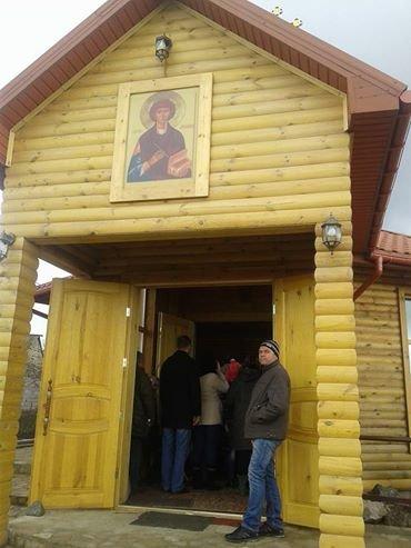 В Мариуполе освятили храм УПЦ КП, построенный в честь Пантелеймона Целителя(ФОТО), фото-2