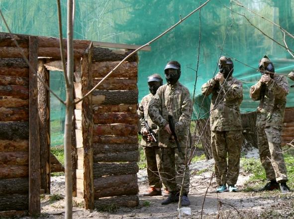 Школьники Бахмута приняли участие в «военных» баталиях, фото-1