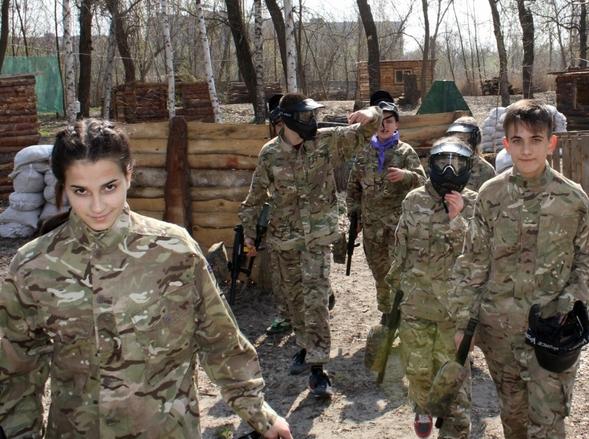 Школьники Бахмута приняли участие в «военных» баталиях, фото-3