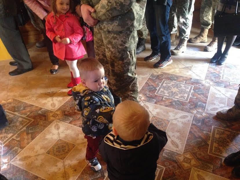 В Ужгороді відзначили церковними нагородами військових та волонтерів: фото, фото-4