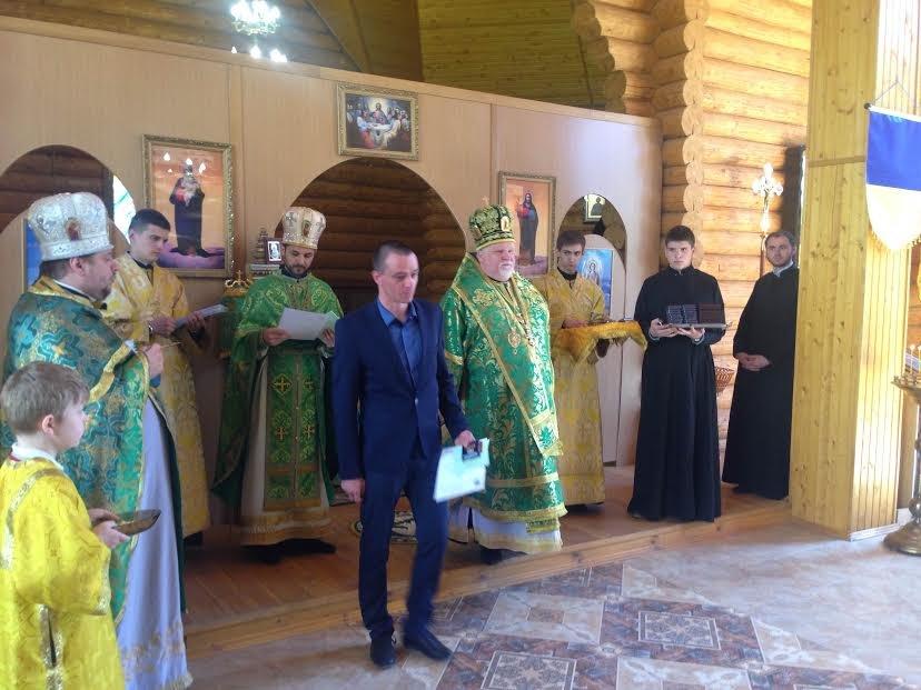 В Ужгороді відзначили церковними нагородами військових та волонтерів: фото, фото-6
