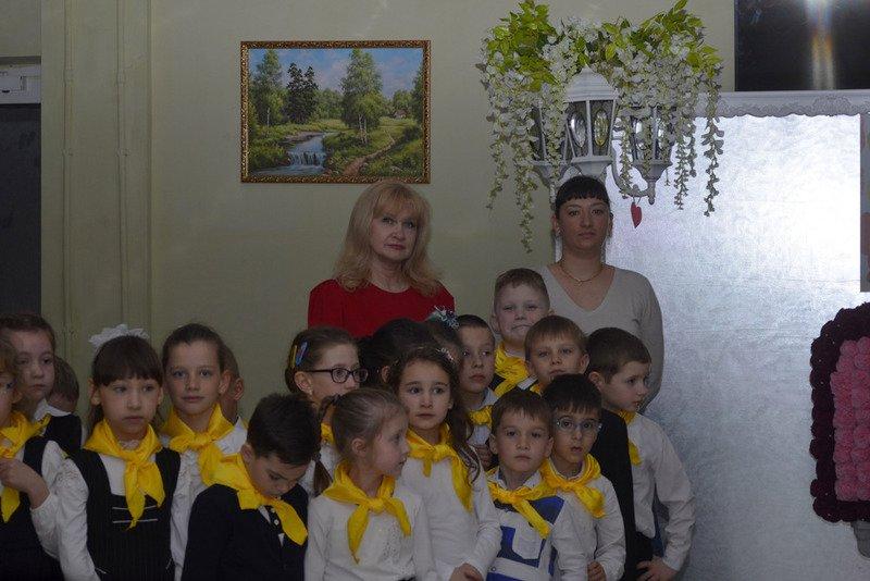 В Ялтинской школе № 1 провели акцию «От сердца к сердцу» и высадили   тюльпаны, фото-3