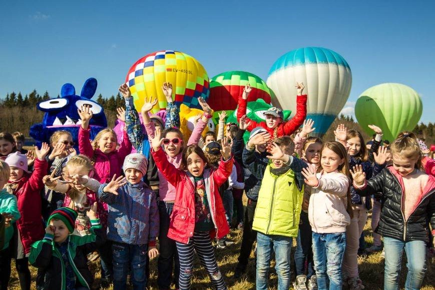 Бонстики заинтриговали белорусских детей и улетели из Беларуси. ВИДЕО, фото-3