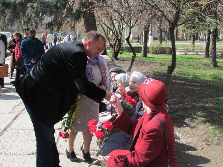 В Мариуполе возложили цветы к памятнику жертвам фашизма (ФОТОРЕПОРТАЖ), фото-7