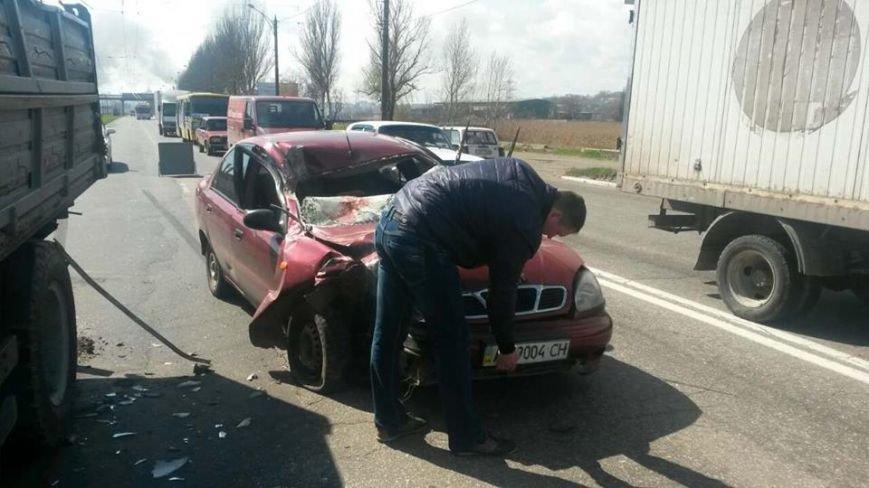 """В Мариуполе автомобиль """"Дэу"""" врезался в грузовик. Пострадали 6 человек (ФОТО), фото-5"""