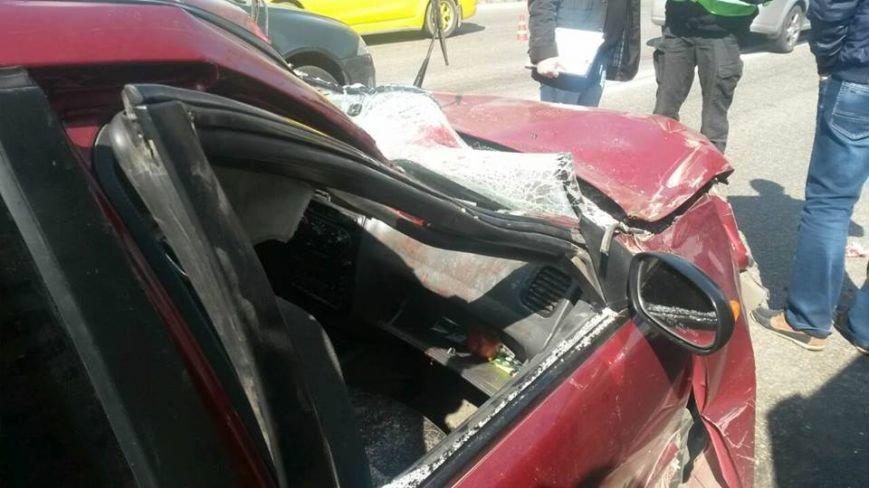 """В Мариуполе автомобиль """"Дэу"""" врезался в грузовик. Пострадали 6 человек (ФОТО), фото-2"""