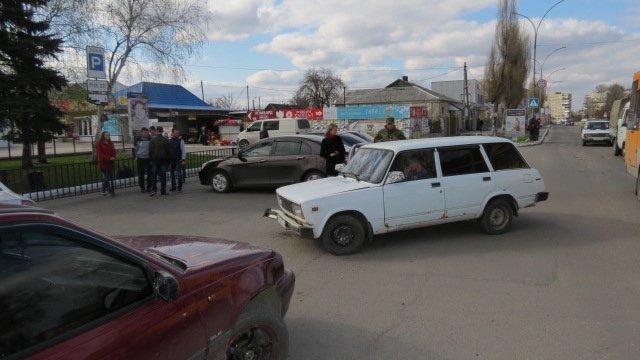 В Покровске произошло ДТП: скутер столкнулся с автомобилем, фото-4