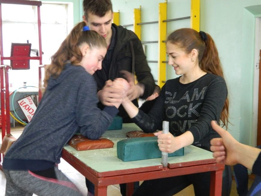 В Краматорске состоялась красивая борьба по армспорту (фото), фото-2