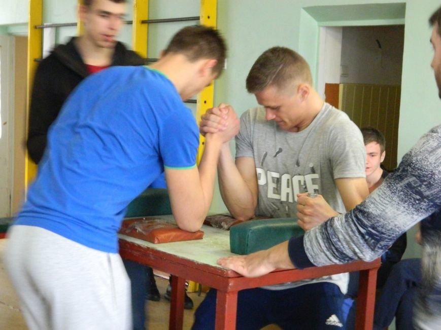В Краматорске состоялась красивая борьба по армспорту (фото), фото-4