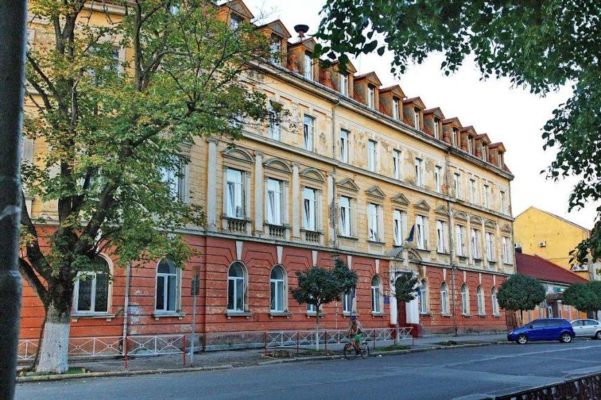 Виконком визначив території обслуговування ужгородських шкіл та дитсадків: перелік вулиць, фото-1