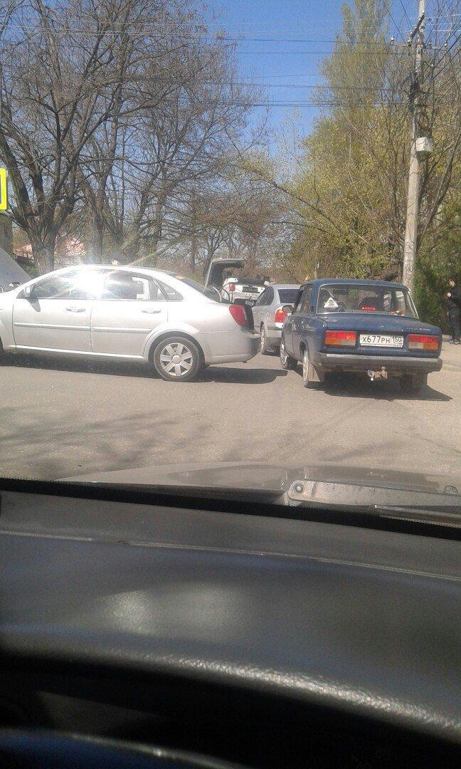 "В центре Симферополя в результате ДТП перевернулась ""Нива"" (ФОТО, ВИДЕО), фото-3"