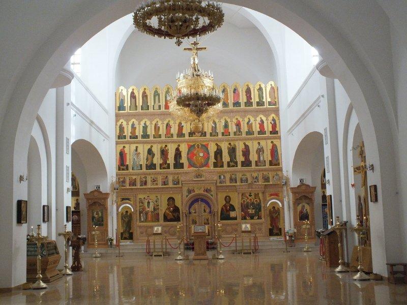 внутри монастырь12