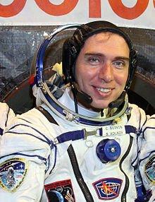 220px-Sergey_volkov_Soyuz_TMA-02M