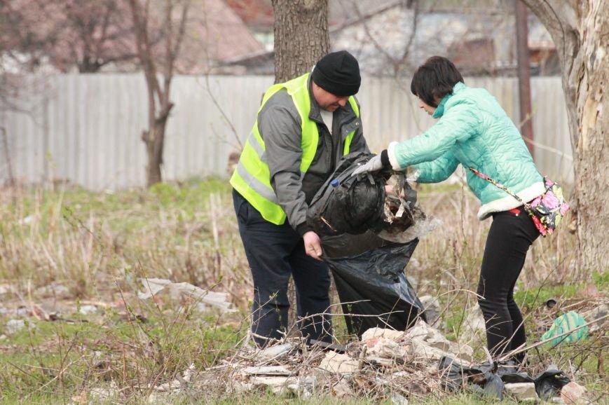 Всеукраїнська акція з благоустрою та прибирання «Чисте серце – чисте місто» відбулася у Покровську, фото-5