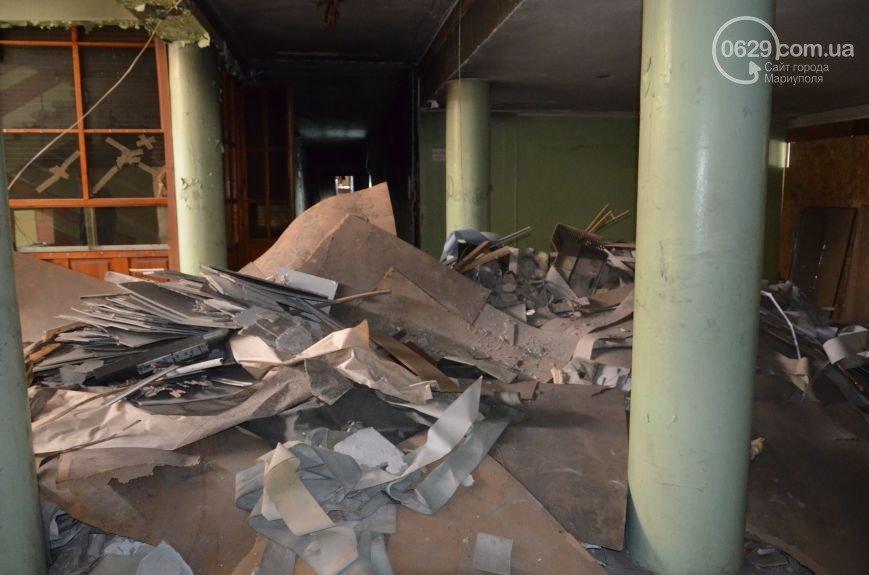 """13 апреля 2014-го: мариупольцы и """"гости города"""" захватили здание городской администрации (ФОТО), фото-5"""