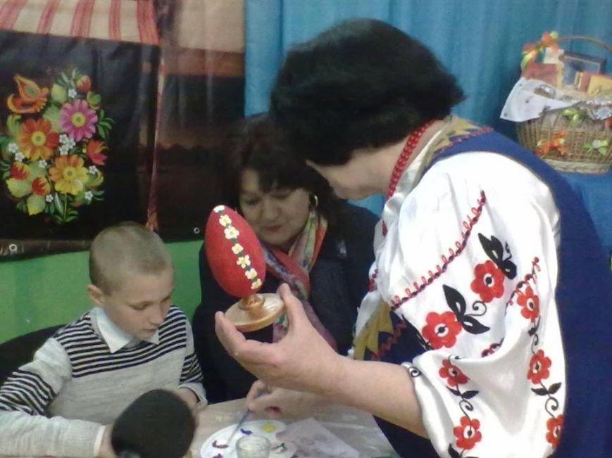 В Мирнограде чиновникам раскрыли премудрости росписи пасхальных яиц (ФОТО), фото-5