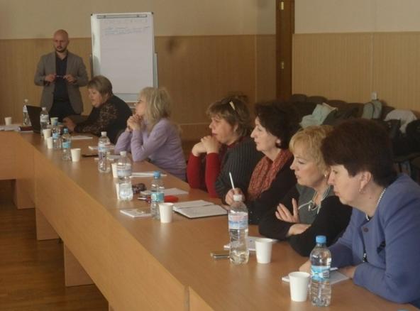В Бахмуте прошел семинар-тренинг по разработке уставов территориальных громад, фото-1