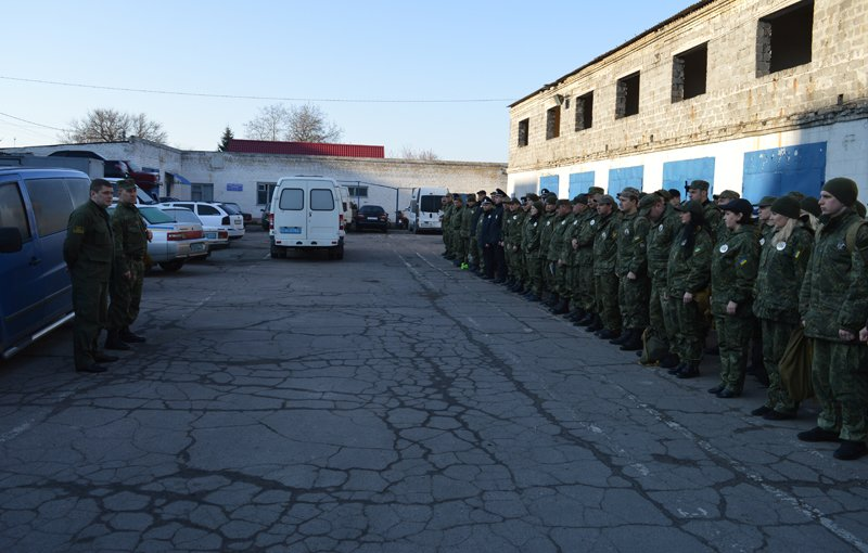 Сегодня в Покровске по тревоге подняли полицию, фото-1