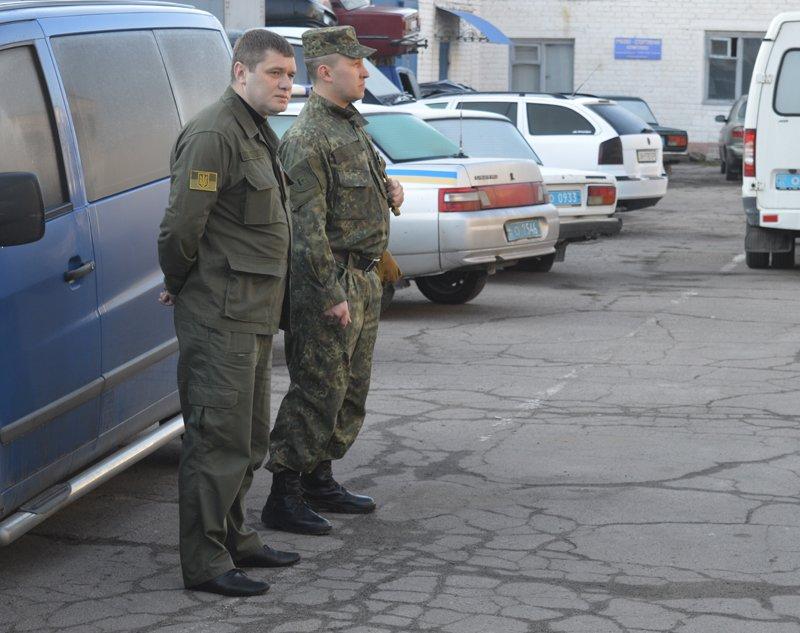 Сегодня в Покровске по тревоге подняли полицию, фото-2
