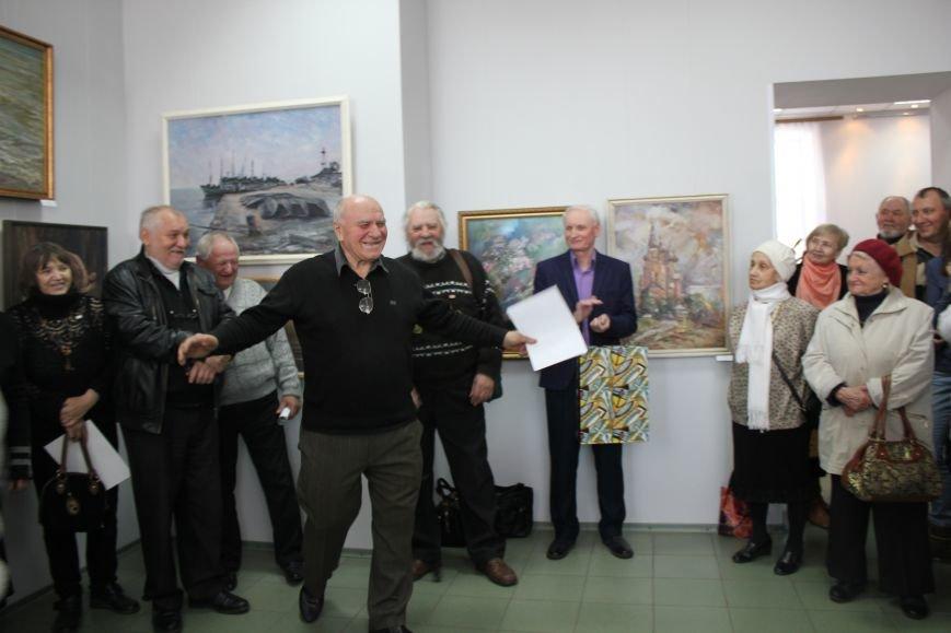 Масштабная выставка в Мариуполе: художники представили свои работы за последние 25 лет (ФОТО), фото-8